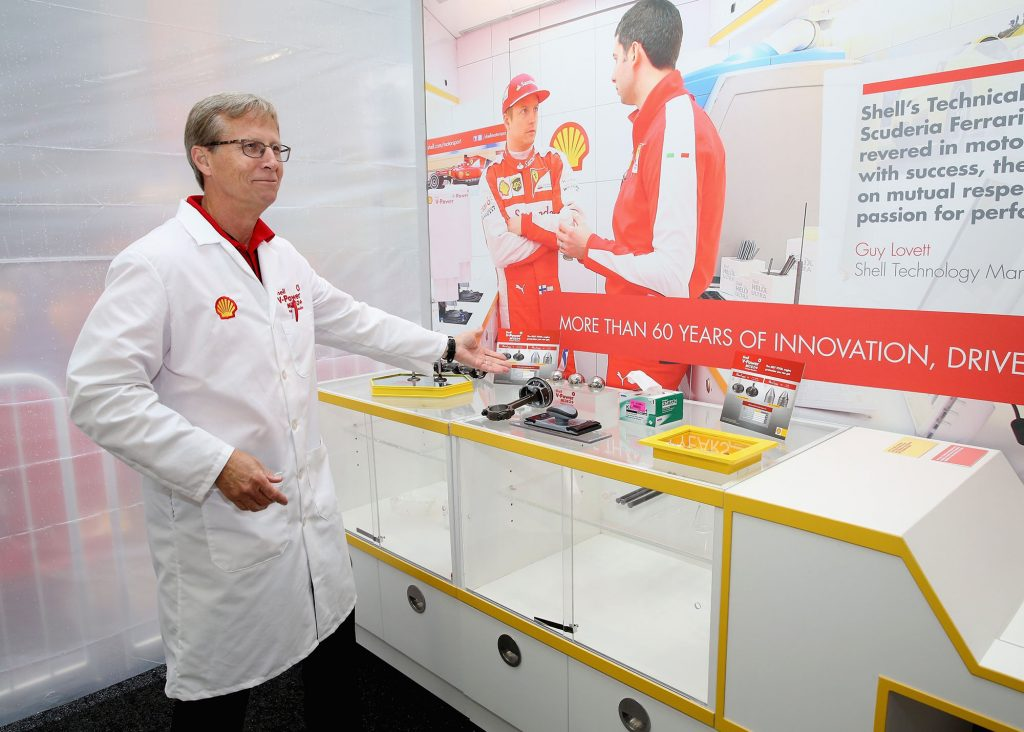 Ed Nelson, Shell Fuel Scientist, demonstrates how new Shell V-Power NiTRO+ Premium Gasoline delivers the best total engine protection from gunk, wear and corrosion at a North American launch celebration today in New York Times Square. New Shell V-Power NiTRO+ Premium Gasoline is now available at Shell stations across Canada. (CNW Group/Shell Canada Limited)